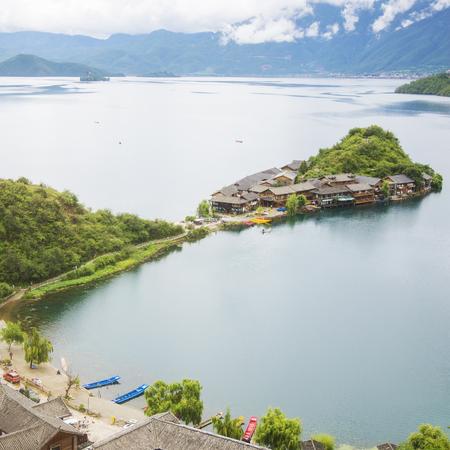 Foto de Yunnan Lugu Lake scenery - Imagen libre de derechos