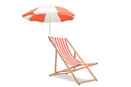 Photo pour Deck chair with an umbrella isolated on white background - image libre de droit