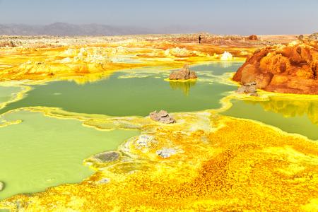 Photo pour in  danakil ethiopia africa  the volcanic depression  of dallol - image libre de droit