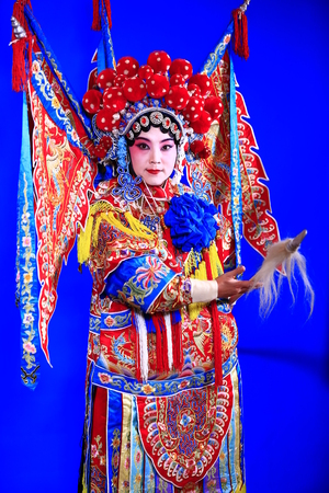 Foto de  Tangshan , February 3: Peking Opera troupe of actors on February 3, 2018, in tangshan city, hebei province, China. - Imagen libre de derechos