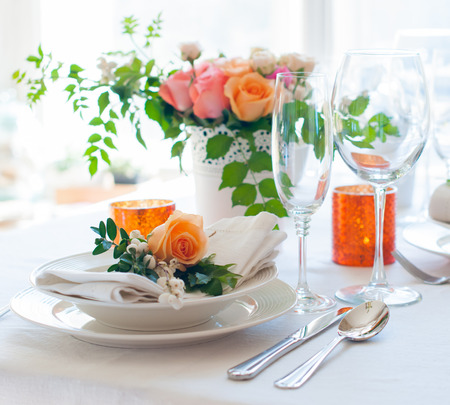 Photo pour Elegant festive table setting with colorful flowers, cutlery, candles. Wedding table decoration. - image libre de droit
