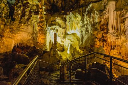 Foto de Formation of stalagmites and stalactites in the caves of Frasassi, Marche, Italy. - Imagen libre de derechos
