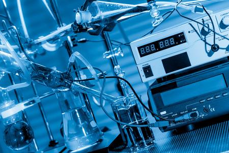 Foto de Physical chemistry laboratory equipment - Imagen libre de derechos