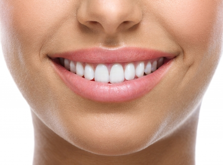 Photo pour closeup of smile with white heatlhy teeth  - image libre de droit