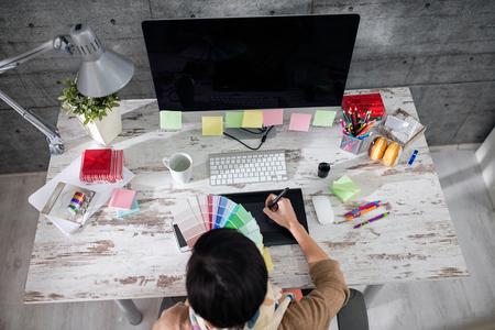 Foto de freelance designer choose color for patterns - Imagen libre de derechos