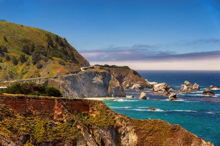 Foto de American road, Pacific Coast Highway One in California, Big Sur - Imagen libre de derechos