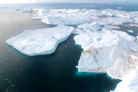 Photo pour Ilulissat Ice Fjord (jakobshavn) near Ilulissat in Summer - image libre de droit