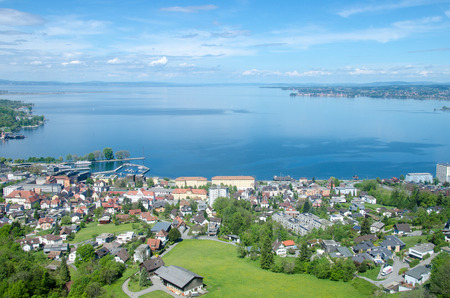 Photo pour Bodensee from the nearby mountain - image libre de droit