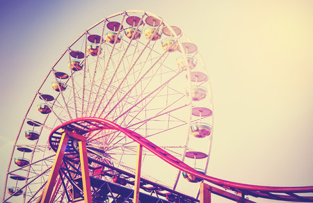 Photo pour Retro vintage instagram stylized picture of an amusement park. - image libre de droit