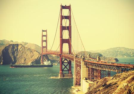 Foto de Old film retro style Golden Gate Bridge in San Francisco, USA. - Imagen libre de derechos