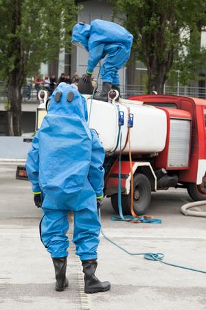 Foto de Simulation of a chemical spill after road accident - Imagen libre de derechos