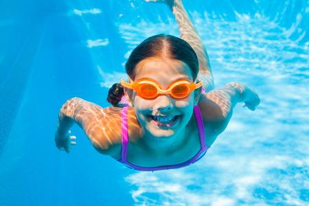 Foto de Underwater girl - Imagen libre de derechos