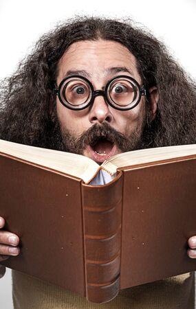 Foto de Cloesup portrait of an astonished, funny nerd - Imagen libre de derechos