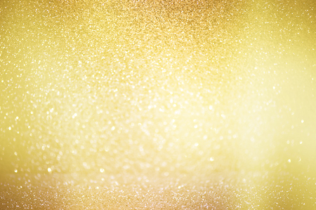Photo pour abstract defocused lights, sparkling holiday bokeh background with golden tones, elegant christmas backdrop - image libre de droit