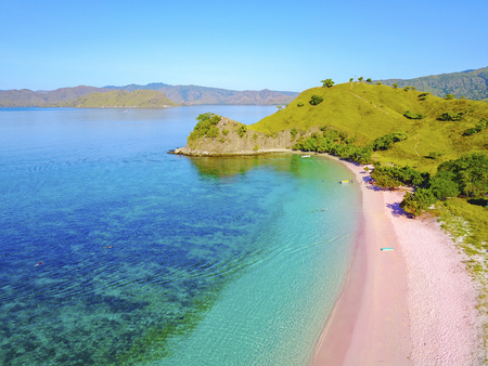 Photo pour Aerial view of beautiful pink beach at Flores Island. - image libre de droit