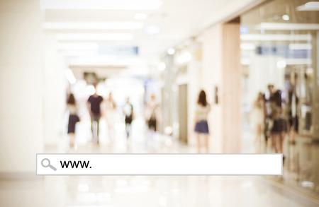 Foto de Word www. written on search bar over blur store background, web banner, online shopping background, business, E-commerce - Imagen libre de derechos