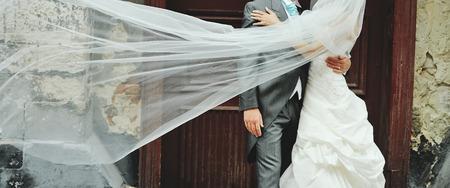 Foto de Romantic wedding couple. Happy together - Imagen libre de derechos