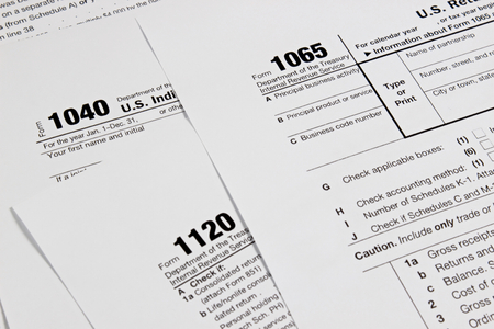Photo pour US tax form for taxation concept background - image libre de droit