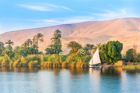 Photo pour River Nile in Egypt. Luxor, Africa. - image libre de droit