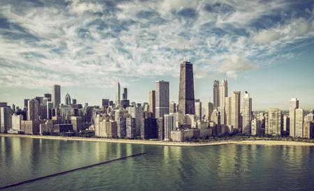 Photo pour Chicago Skyline aerial view skyscrapers bythe beach , vintage colors - image libre de droit