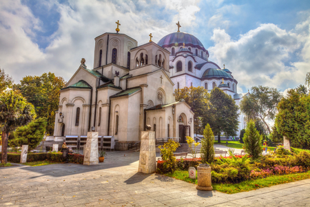 Foto de Church of St. Sava and the great temple of St. Sava. HDR image - Imagen libre de derechos