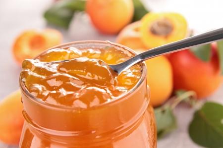 Foto de gourmet apricot jam - Imagen libre de derechos