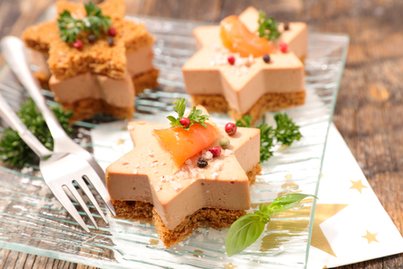 Foto de toast with foie gras and salmon - Imagen libre de derechos
