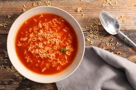 Photo pour alphabet noodle soup - image libre de droit
