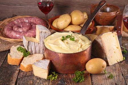 Photo pour french gastronomy, aligot - image libre de droit