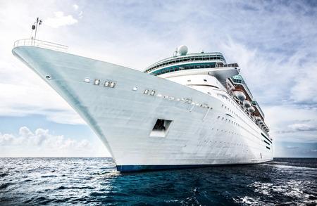 Foto de Cruise ship - Imagen libre de derechos