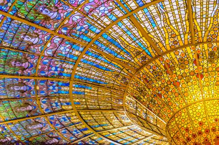 Foto de palau de la musica catalana glass-stained skylight - Imagen libre de derechos