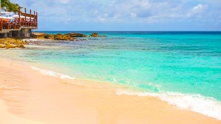 Foto de Philipsburg, Sint Maarten, Netherlands - May 14, 2016: The beach at Maho Bay - Imagen libre de derechos