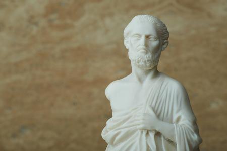 Photo pour Statue of Hippocrates,ancient greek physician. - image libre de droit