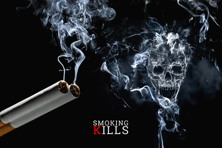 Photo pour Skull from cigarette smoke on a black background, cigarettes close up. Creative background. The concept of smoking kills, nicatine poisons, cancer from smoking, stop smoking. - image libre de droit