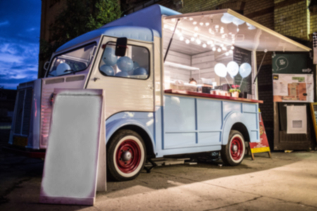 Photo pour Food Truck Blurred on Purpose - image libre de droit