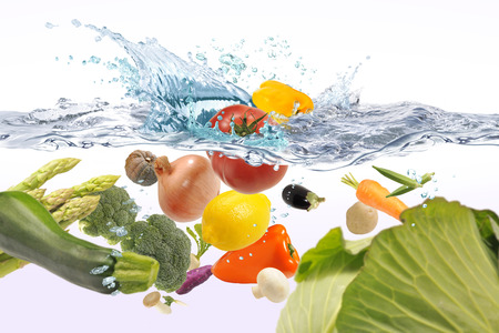 Foto de Vegetables in the water - Imagen libre de derechos