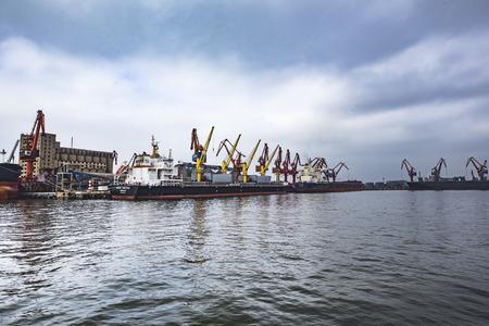 Foto per Zhanjiang port terminal - Immagine Royalty Free