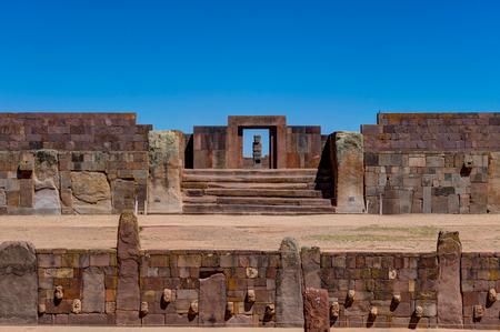 Photo pour Ruins of Tiwanaku Bolivia La Paz - image libre de droit