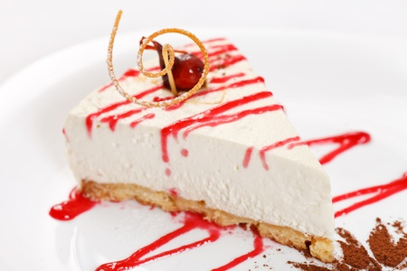 cheesecake with sauce