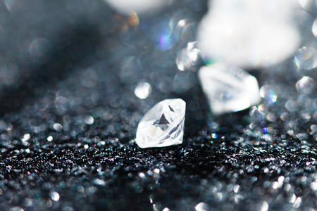 Photo pour diamonds on black background - image libre de droit