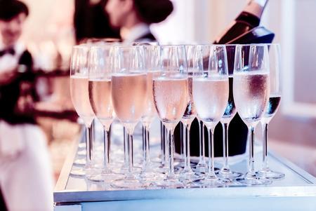 Photo pour champagne glasses - image libre de droit