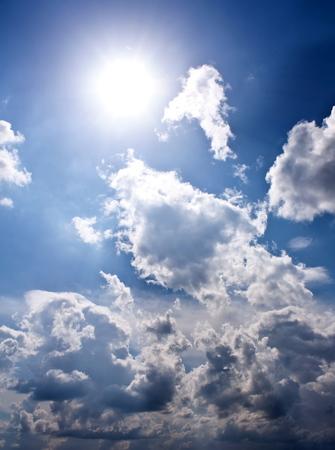Photo pour beautiful clouds - image libre de droit
