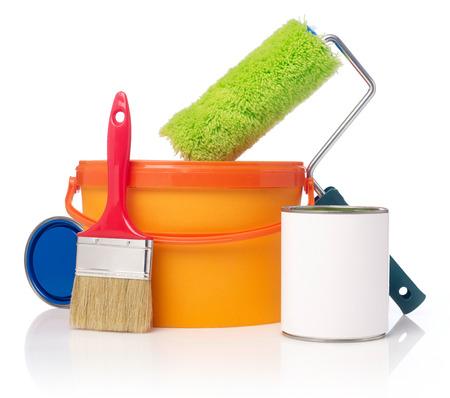Photo pour Paint roller, paint bucket and paint cans - image libre de droit