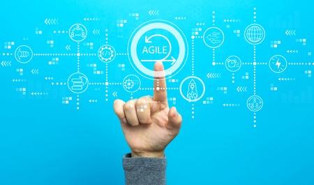 Foto de Agile concept with hand on a blue background - Imagen libre de derechos