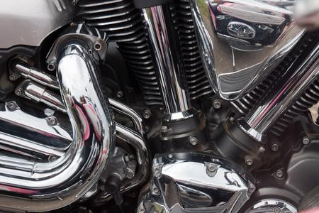 Photo pour Close view detail of the shiny details of a classic motorcycle. - image libre de droit