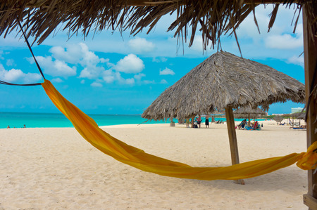 Photo pour Beautiful beach in Aruba, Caribbean Islands, Lesser Antilles - image libre de droit