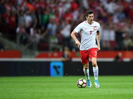 Photo pour WARSAW, POLAND - JUNE 10, 2017: 2018 World Cup Qualifications Robert Lewandowski of Poland - image libre de droit
