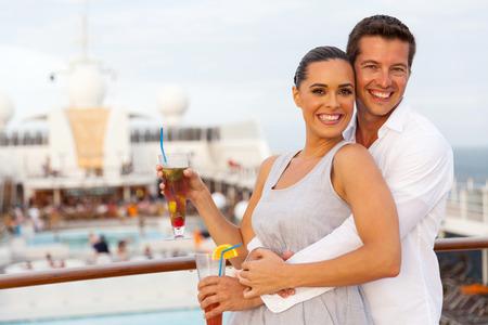 Photo pour happy caucasian couple having fun on cruise trip - image libre de droit