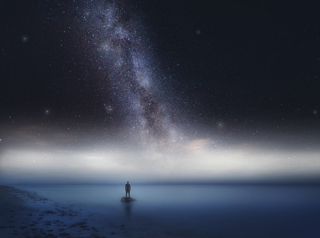 Photo pour Surreal sea at night landscape with starry sky. Dreamy look. - image libre de droit