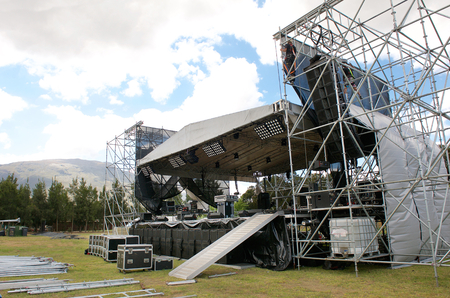 Photo pour Outdoor festival concert main stage set up - image libre de droit